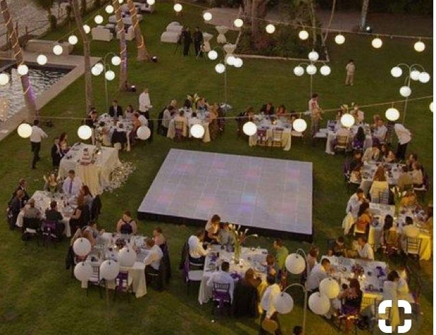 オリジナルウェディングを会費制結婚式で出来るか?